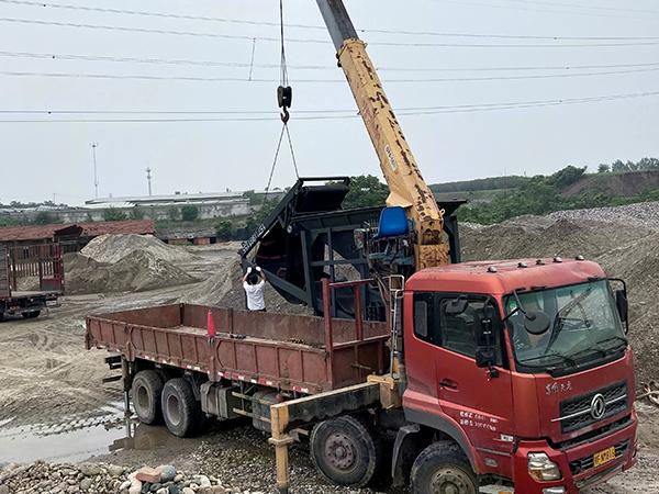 6.3吨随车吊维修