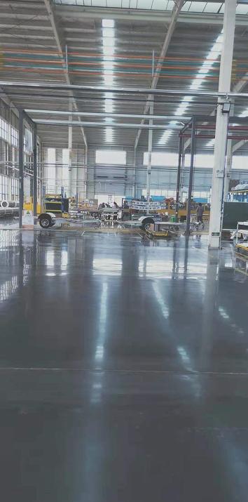 固化劑地坪施工
